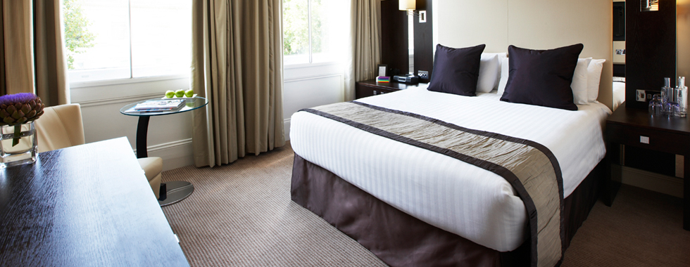 Complete hotel refurbishment from sample room to complete installation by Wreake Valley Craftsmen
